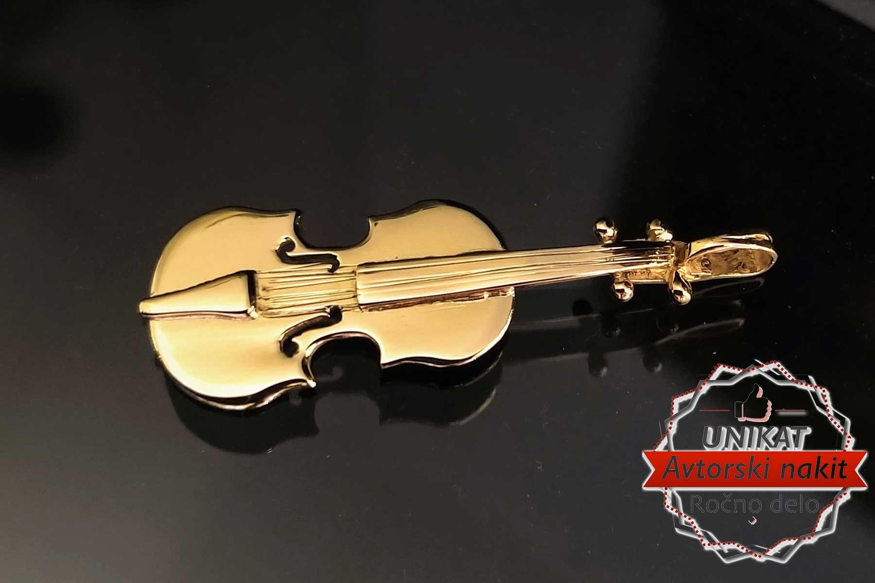 Obesek ali broška Violina